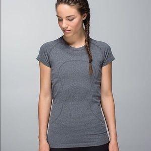 Lululemon gray Swiftly Tech Run Short Sleeve 10